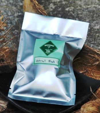 Coconut Blend schwarzer Thai-Tee mit Kokosnussaroma von Monsoon Tease Teemischung von Monsoon Teas