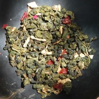 Monsoon Blend Thai Oolong Teemischung, Teeblätter und Zutaten