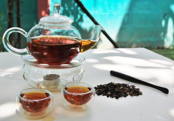 Oriental Chai schwarze Thai-Teemischung in Glas-Teeware