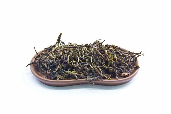 Doke Rolling Thunder Oolong Tee aus Bihar, Indien