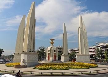 50 personnes poursuivies après une manifestation au Monument de la Démocratie