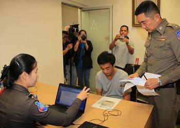 Un chauffeur de bus arrêté pour avoir volé de l'argent à des touristes