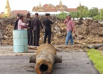 Bangkok : un canon vieux de plus de deux siècles retrouvé face au Palais Royal