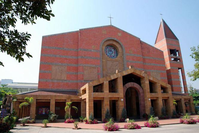 La Cathédrale du Sacré-Cœur, à Chiang Mai
