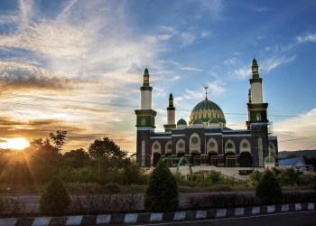 Indonésie : les jeunes délaissent les mosquées au profit des sermons en ligne