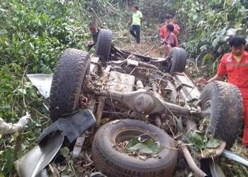 Cinq Thaïlandais meurent après la chute de leur voiture dans un ravin au Laos