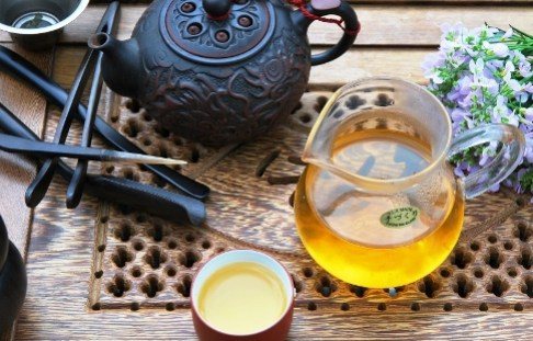 DMS 4-Season Si Ji Chun Oolong tea in Gong Fu Cha style preparation