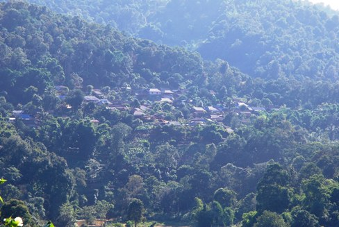 Panorama view on parts of Ban Therd Thai