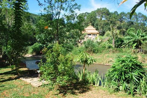 Idyllic setting and scenery at the Rim Taan Resort in Ban Therd Thai