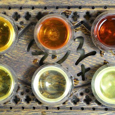 6 Chinese tea categories: black tea, green tea, white tea, Oolong tea, yellow tea, Pu Erh tea - tea liquors