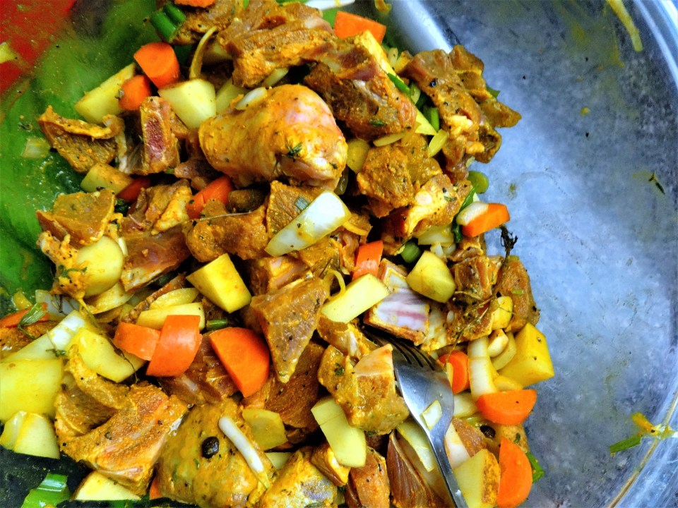 seasoned goat meat for curry