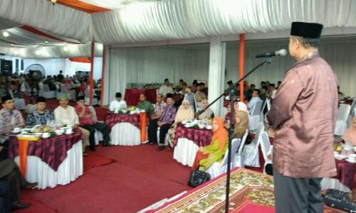Wagub Nasrul Abit Gelar Bukber dan Minta Pemkab/Pemko Tingkatkan Nilai UNBK