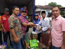 Dinas Sosial Pasaman Serahkan Bantuan Korban Kebakaran di Nagari Sontang Cubadak