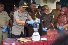 Narkoba Senilai Ratusan Juta Dimusnahkan Polres Agam