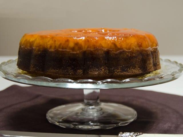 Krem Karamelli Kek (Chocoflan)