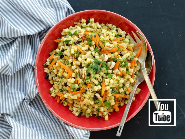 Mercimekli Havuçlu Makarna Salatası