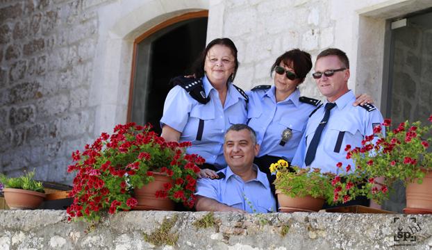 policija ceska po gradu1