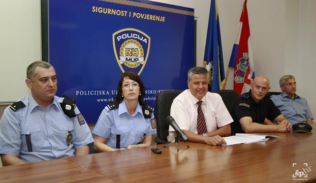 policija ceski i makedonski policajci2