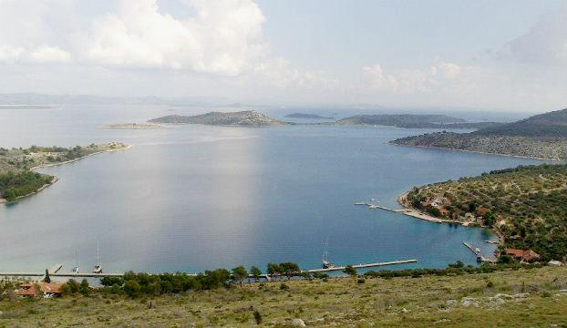otok_zut_kornati