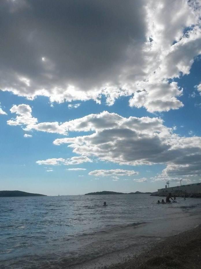 otok_prvic_plaza_ljeto (4)