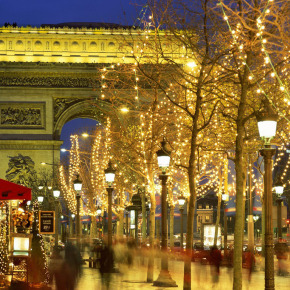 paris-christmas-town