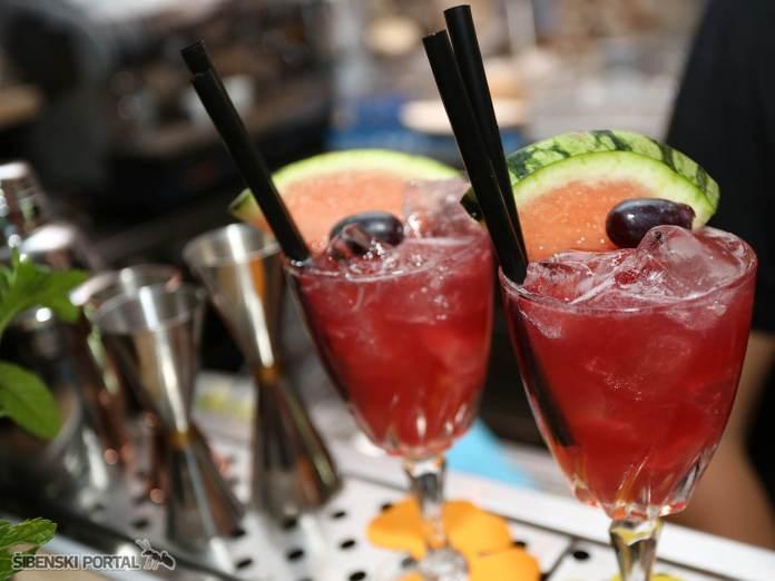 vintage bar dreamtime 040816 10