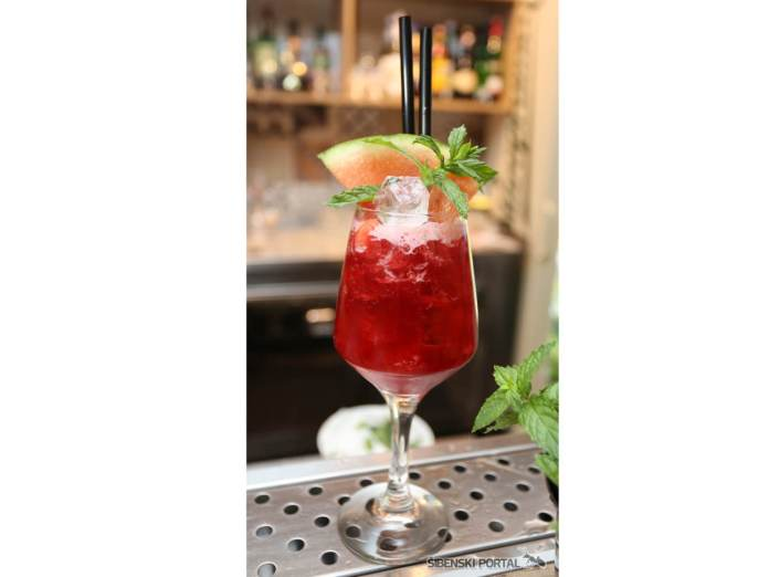 vintage bar dreamtime 040816 6