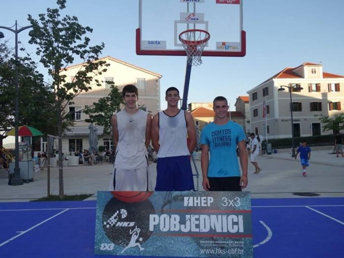 basket drnis