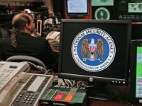 Uçak üreticisi Boeing NSA başkanı için telefon üretti