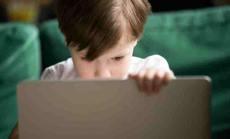 Her beş çocuktan biri siber tehditlerin kurbanı oluyor