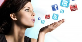 Mulheres redes sociais