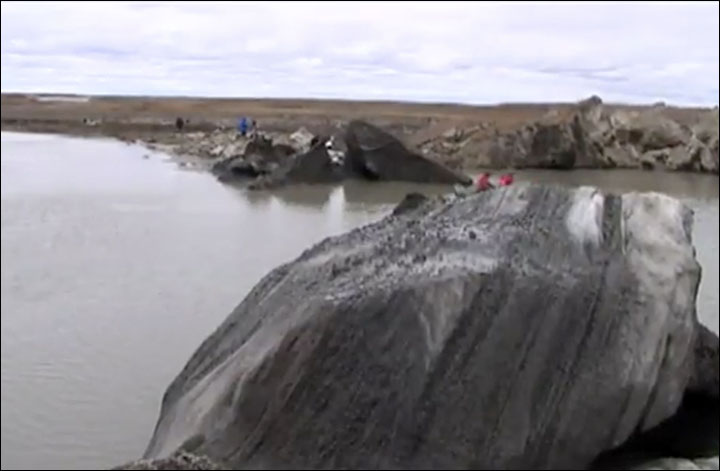 new craters Yamal