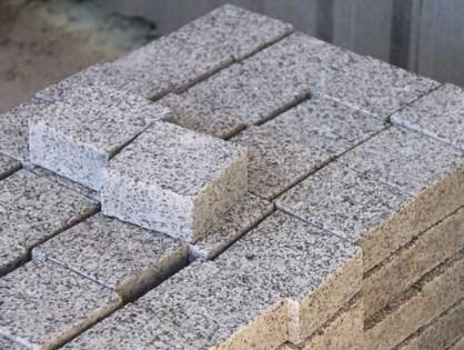 Мощение гранитным камнем - описание процесса