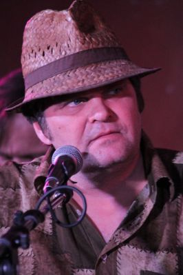 """Владимир Козлов, лидер группы """"Компрэсс"""". Фото Александра Орлова"""