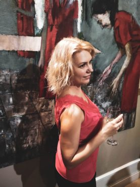 """Мария Лисица. Выставка Евгении Шадриной-Шестаковой в галерее """"Частная коллекция"""" Фото Елены Берсенёвой"""