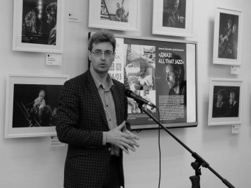 Выставка Алексея Школдина. Фото Александра Симушкина