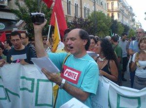 L'assessore Daniele Ialacqua durante una marcia di protesta di alcuni anni fa