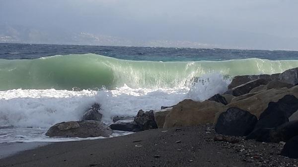Mare in tempesta allerta meteo