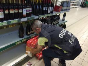 Guardia di Finanza Caltanissetta - supermercato Gela (2)