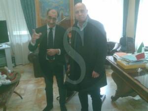 Il sindaco Materia e il direttore artistico del Mandanici Maifredi