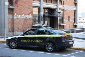 Guardia_di_Finanza_Messina_Sicilians