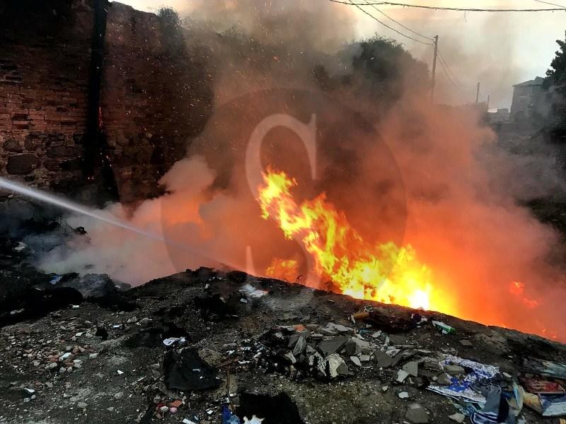 Cronaca. Messina, incendiata discarica abusiva a Bordonaro: panico tra i residenti