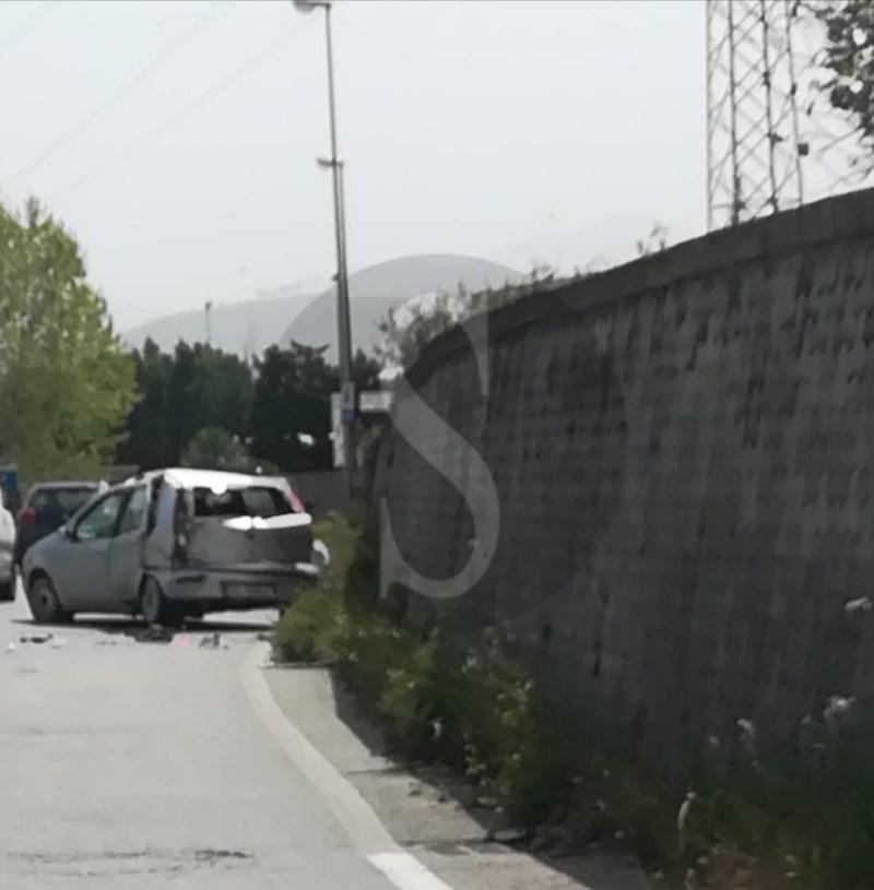 Cronaca. Milazzo, incidente tra due auto: traffico in tilt vicino la Raffineria