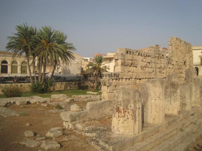 Храм Аполлона в Сиракузах