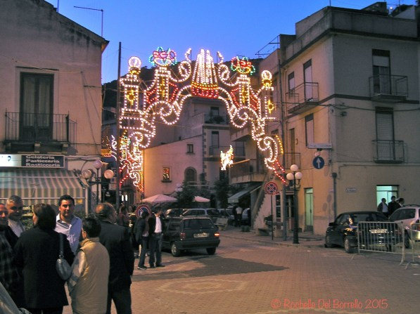 Lights for the festa in Paese