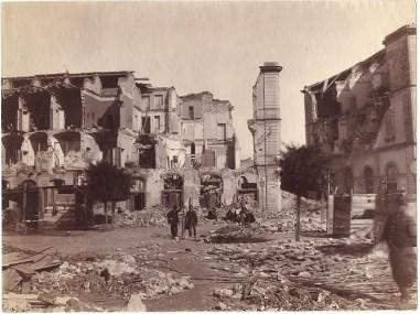 Gloeden,_Wilhelm_von_(1856-1931)_-_Messina_-_Piazza_collegio_Militare,_1908_r
