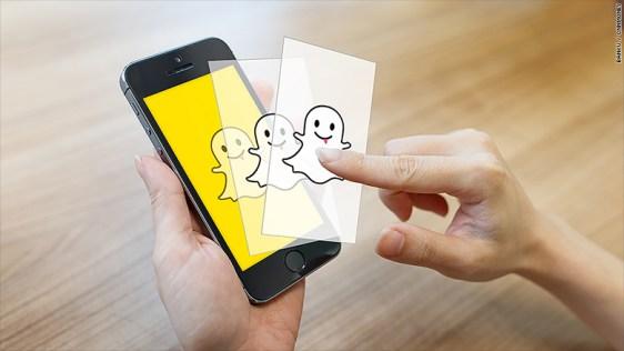 150915143423-snapchat-3-replay-780x439
