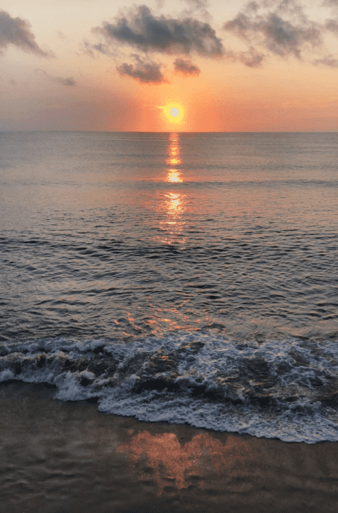 How to save money on a beach vacation. Outer Banks, NC #OBX