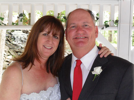 Newlyweds Jan and Bill Allan. You probably best know Jan as our own Lighterside columnist and Abby Westmark's mom