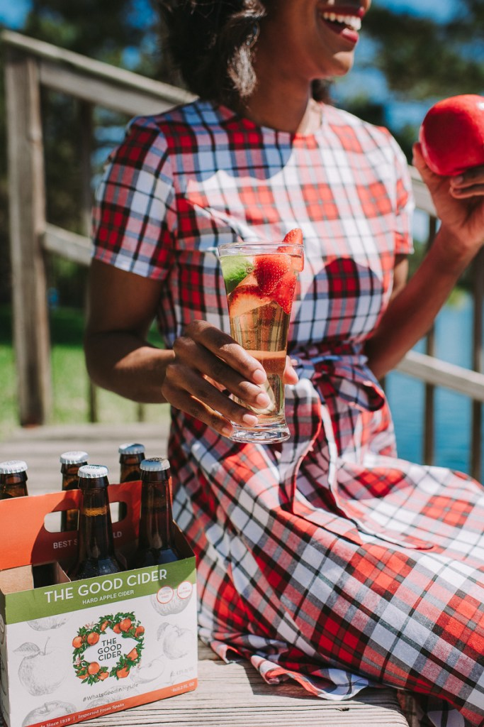 Cocktail: Strawberry Hard Apple Cider Cooler